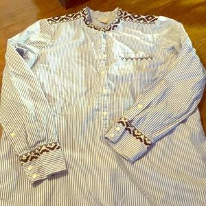 White and blue striped tunic